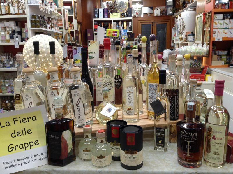 Offerta grappe da collezione UD - Occasione grappe e distillati frutta UD - Offerta grappa UD