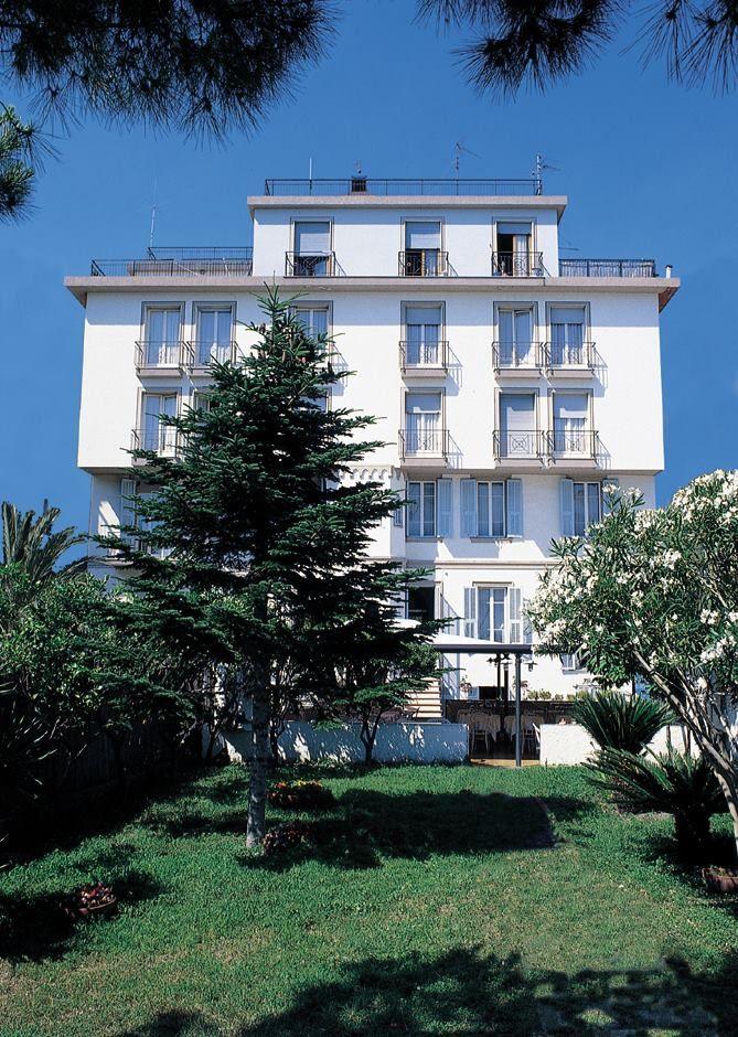 OFFERTA Hotel a Bordighera Gennaio 3 Notti Albergo Rosalia