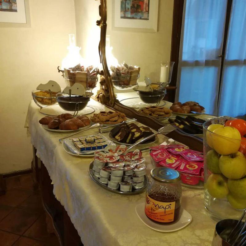 HOTEL LA CORTE Offerta buffet colazione hotel padova - foto colazione hotel piove di sacco