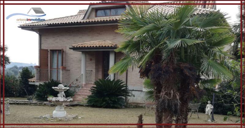 ORTONAIMMOBILIARE - Occasione villa con terreno vicino al mare di Ortona Ideale anche per B&B