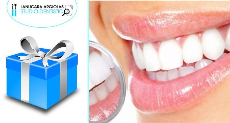 denti bianchi, sorriso splendente, igiene dentale
